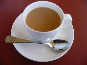 Фото: Чай на молоке.