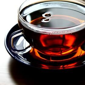 Фото: Чашка черного чая (Черный чай снижает давление).