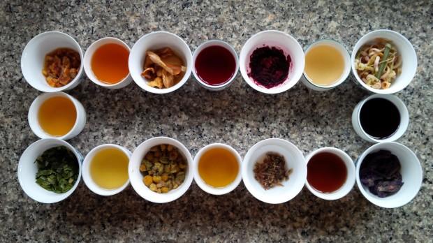 Фото: Сбор травяного чая.
